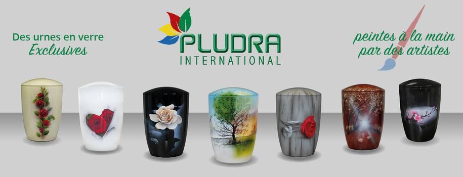 Des urnes en verre exclusives, peintes à la main par des artistes
